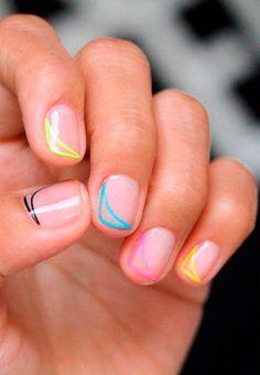 Las uñas transparentes llegaron para quedarse y convertirse en una de nuestras tendencias favoritas.