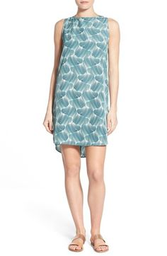 Free shipping and returns on Halogen® Sleeveless Shift Dress (Regular & Petite) at Nordstrom.com. A go-to choice for the warmer months ahead, a lightweight crepe shift cut with a dipped back hem comes in a closet full of lively prints—and of course, ever-welcome black.
