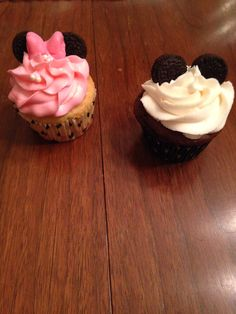 Minnie & Mouse cupcakes