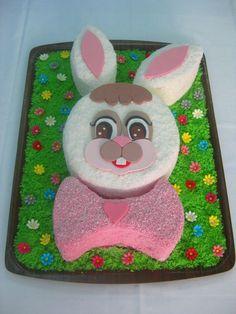 Antonia Ruggieri - #Pasqua #cakedesign #cakedesignitalia #easter Cake Decorating, Bunny, Easter Cake, Kids Rugs, Desserts, Cakes, Design, Home Decor, Tailgate Desserts