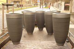Velké vázy před atelierem Marubi v Praza  Fotogalerie