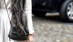 #outfit #look #streetstyle #fashionweek #white #fur #bottegavenetta #miniourse #winter #fall #blogger