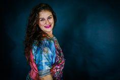 """""""Na campanha #soulindaassim, do site Moda Sem Crise, Edilene Ribeiro e Marcela Fonseca estimulam mulheres a romper padrões e esteriótipos a favor da felicidade. Segundo elas, toda mulher feliz é linda"""" - Campanha Sou Linda Assim é notícia no Portal Guiame."""