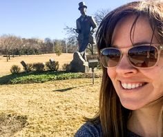 Selfie-Worthy Roadside Attractions | VisitMO Spotlight | Presenting You With Missouri Trip Ideas