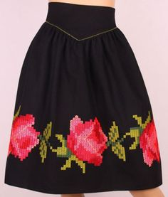FUSTA Embroidery Fashion, Embroidery Dress, Mexican Blouse, Mexican Embroidery, Flower Skirt, Types Of Skirts, Kids Wardrobe, Simple Cross Stitch, Rock Outfits