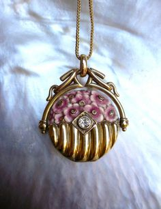 Antique Victorian Locket 15K Gold with Enamel by LunaParkVintage