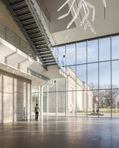 North Pavilion lobby with view of original building. Speed Art Museum, Louisville, Ky., Renovation and expansion.