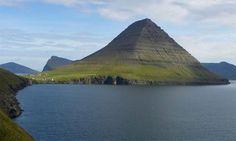 pyramide-garut-indonesie-688po