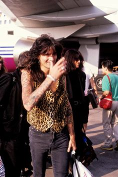Tommy Lee & Nikki Sixx, arrival to Moscow, August 10, 1989