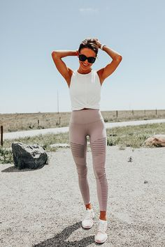 My Top Activewear Picks From the Nordstrom Anniversary Sale - Lauren Kay Sims - Workout clothes - Legging Outfits, Leggings Outfit Fall, Athleisure Outfits, Comfy Outfit, Leggings Sale, Printed Leggings, Workout Clothes Cheap, Cute Workout Outfits, Workout Attire