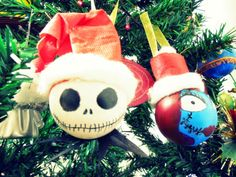 Light-bulb ornaments * DIY * | Craft, Art and Joy Skeleton Jack and Sally, The nightmare before Christmas
