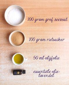 Homemade scrub | lavender / lavendel | sugar & salt | BB style Homemade Scrub, Diy Scrub, Bb Style, Body Hacks, Diy Makeup, Diy Beauty, Diy Gifts, Scrubs, Crafts For Kids