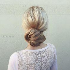 Wedding hairstyle | chignon wedding hairstyle ideas #hairstyle #hairideas #hairdown #weddinghairideas #weddinghair #bridalhair