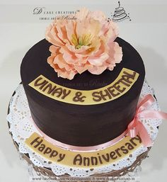 Small Chocolate Cake with Sugar Flower Anniversary Cakes, Happy Anniversary, Cakes For Women, Chocolate Cakes, Sugar Flowers, Edible Art, Fondant Cakes, High Tea, Frosting