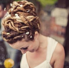 Ah I want this done to my dreads