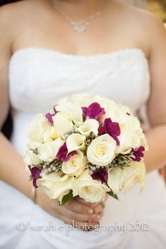 #White and purple wedding bouquet #bridal bouquet