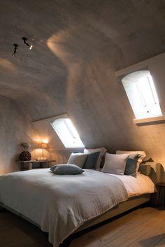 Linen throw over comforter. Home Sweet Home » Een kempische hoeve, gerestaureerd met ziel en passie