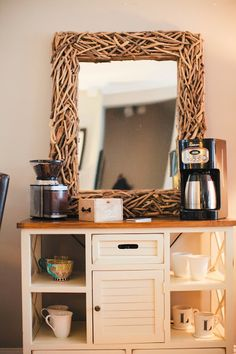 Coffee bar via BostonBelle