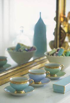 porcelain tea cups and saucers