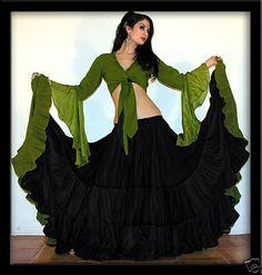 Spaniard Flamenco Skirt and Top  Google Image Result for http://i19.photobucket.com/albums/b170/Nyneve13/Belly%2520Dance/e7d4_12.jpg