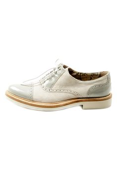 {Grigio Saddle Shoe} by Covari - love these!