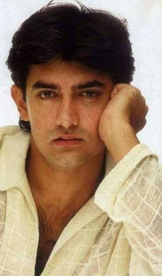 Bollywood Actors, Bollywood Celebrities, Aamir Khan, Best Actor, Old Pictures, Old And New, Indian, My Favorite Things, Beauty