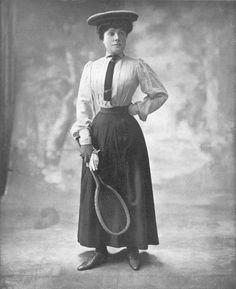 S. A. R. L'infante Eulalie en tenue de tennis,1907.