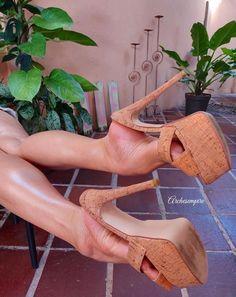 Sexy Legs And Heels, Hot High Heels, High Heels Stilettos, Stiletto Heels, Beautiful High Heels, Gorgeous Feet, Feet Soles, Killer Heels, Female Feet