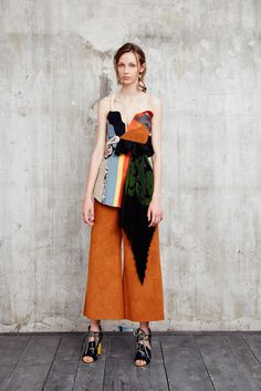 MSGM - Resort 2016 - Look 11 of 44?url=http://www.style.com/slideshows/fashion-shows/resort-2016/msgm/collection/11
