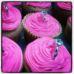 Bachelorette party cupcakes! Wow these are so happening lol