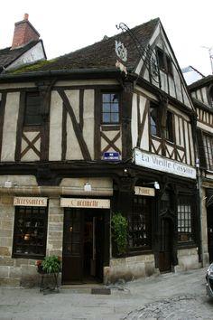 """Compiègne - 60 - Maison ancienne, """"Vieille Cassine"""" - Picardie"""