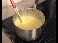 Découvrez cette recette de Crème Anglaise expliquée par nos chefs Atelier Des Chefs, Fondue, Cheese, Ethnic Recipes, Desserts, Kitchen, Custard, Gentleness, Meal