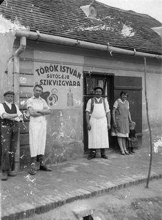 Nagybajom, Török István sütödéje és szikvízgyára, 1934.