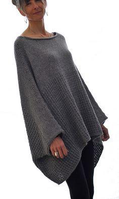 Ravelry: the Llama ll Sweater pattern by Karen Clements ༺✿ƬⱤღ http://www.pinterest.com/teretegui/✿༻