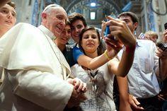 """Pape François au jeunes: """"Rebellez-vous contre la réduction de l'amour"""""""