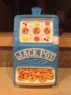 Slot Machine Cookie Jar made in USA by Treasure Craft