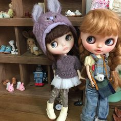 Thank you for visiting my page❤️I love antques,vintages,teddy bears and Blythe…