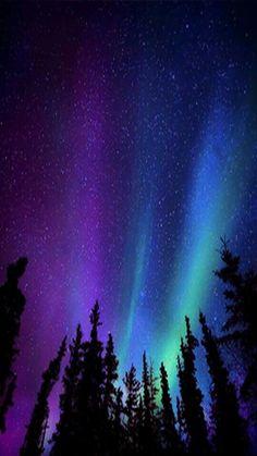 Kuzey ışıkları wallpaper ultra hd aurora borealis v Night Sky Wallpaper, Lit Wallpaper, Galaxy Wallpaper, Aesthetic Iphone Wallpaper, Screen Wallpaper, Aesthetic Wallpapers, Beautiful Nature Wallpaper, Beautiful Sky, Beautiful Landscapes