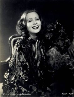 Greta Garbo, what a beautiful smile!
