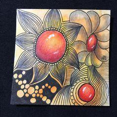 Zentangle: Orange flower center stone