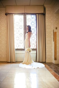beautiful bride at new years eve Los Angeles Athletic Club wedding with photos by Callaway Gable | junebugweddings.com
