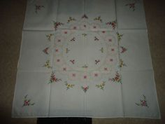 """Vintage  100% Floral Embroidered Small Center Cloth. 32"""" X 30"""""""