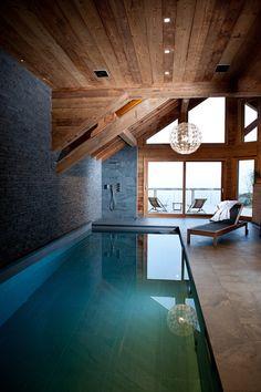 Piscine intérieure chalet aux 2 Alpes - Chalets Bayrou