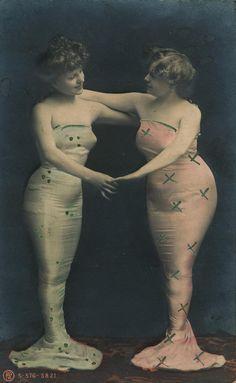 vintage postcard - t