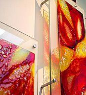 Exklusives Wandbild aus farbigen Glas - schicker Hingucker an der Wand