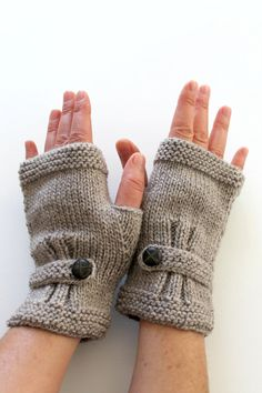 Autumn Finds / HOLIDAY Sale / Hand Knit Fingerless Gloves /