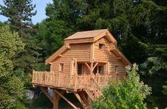 Cabane perchée avec tout confort et piscine proche annecy