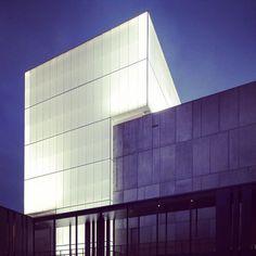 Fachada Teatro. Kerry Hill Arquitectos. Australia. Danpalon 16mm Incoloro. 1,500m2