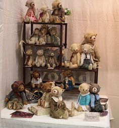 (what a lovely display of beautiful bears! Teddy Bear Shop, Mini Teddy Bears, Charlie Bears, Teddy Toys, Bear Photos, Doll Display, Love Bear, Bear Doll, Crochet Bear