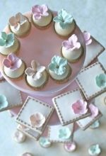 Stunning Cakes and Cupcakes!